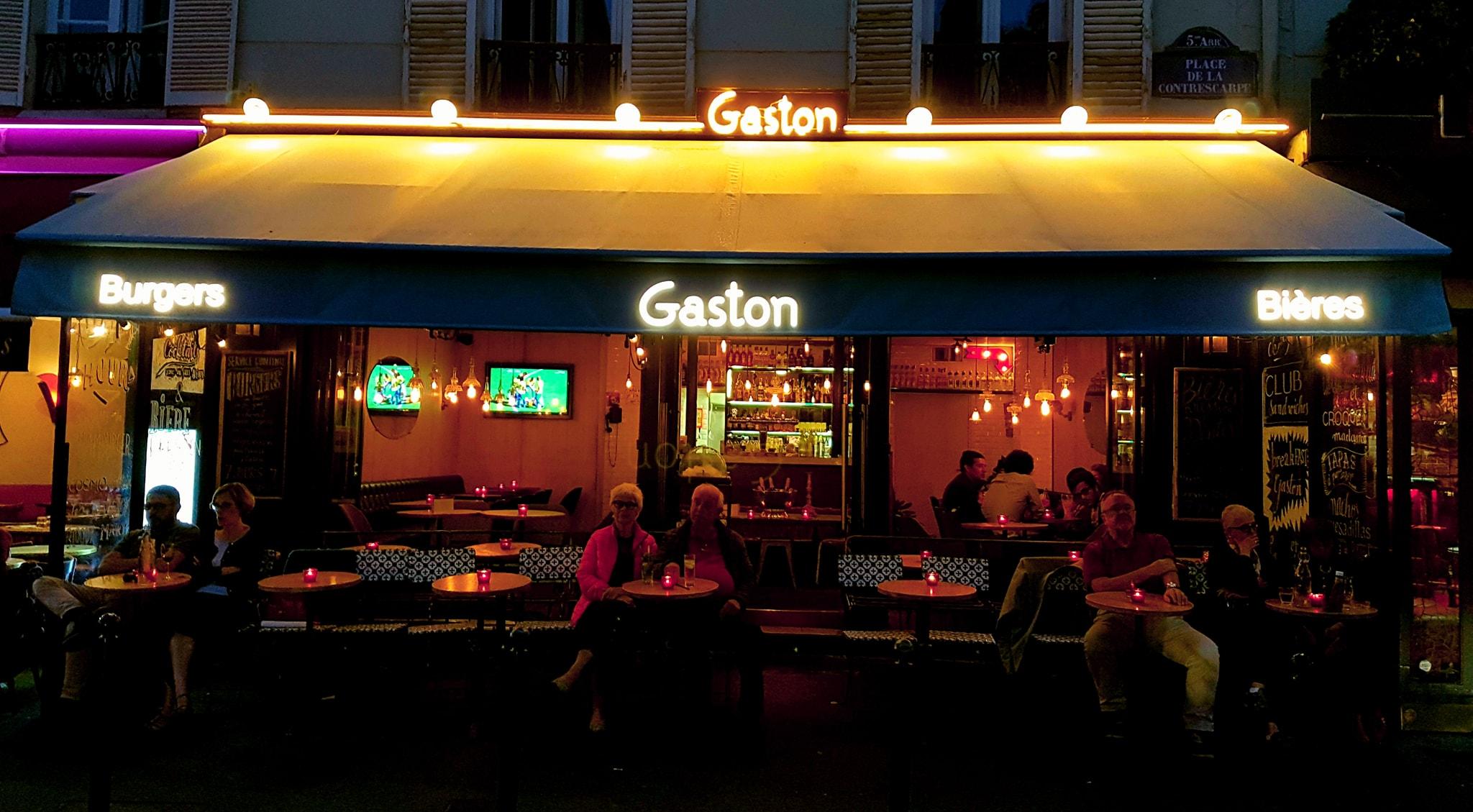 Le Gaston bar restaurant prendre un verre chill paris terrasse alcool place de la contrescarpe